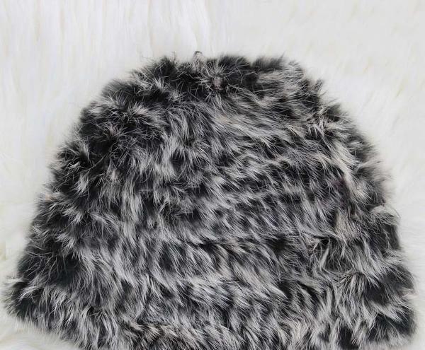 Moderné dámske kožušinové čiapky- 100% zajac - Čiapky 4c6ae7b5a2f